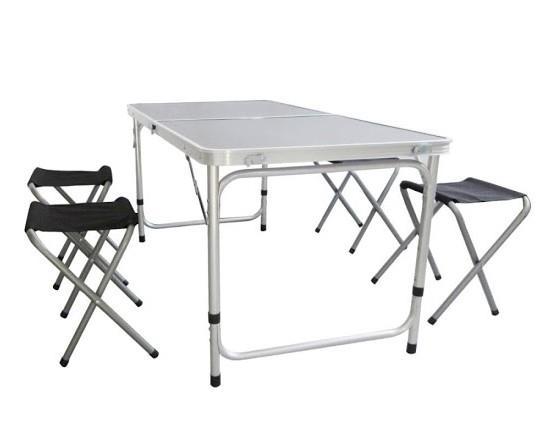 שולחן מתקפל 120 סמ' אורך 60 סמ' רוחב כולל 4 כיסאות לים לבית ולשטח משטח עליון שחור