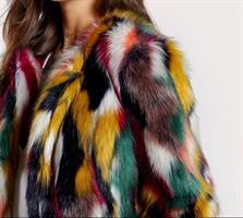 מעיל פרווה צבעוני
