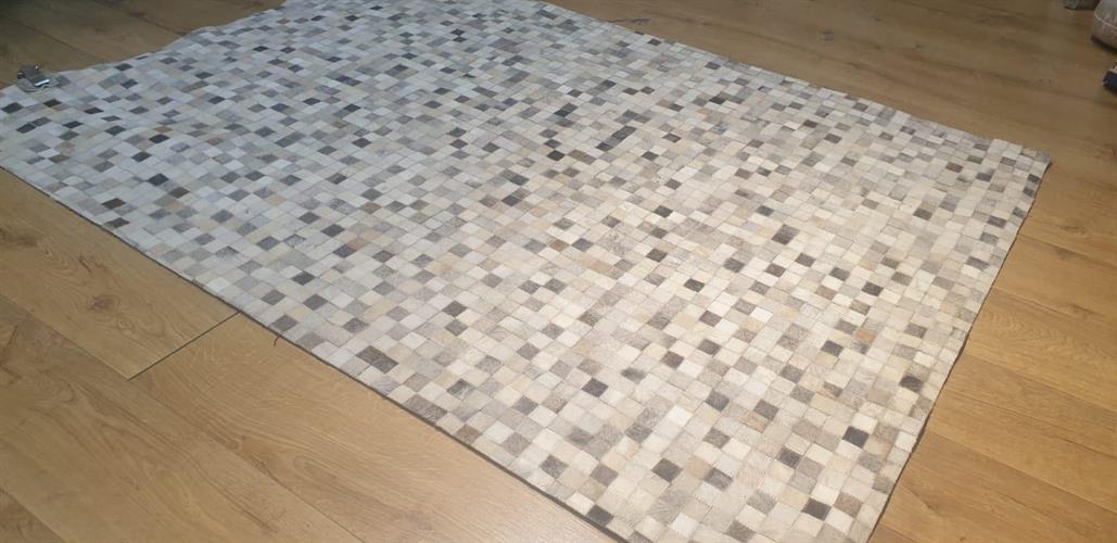 שטיח עור עבודת יד 03
