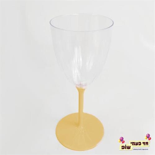 כוסות יין רגל זהב