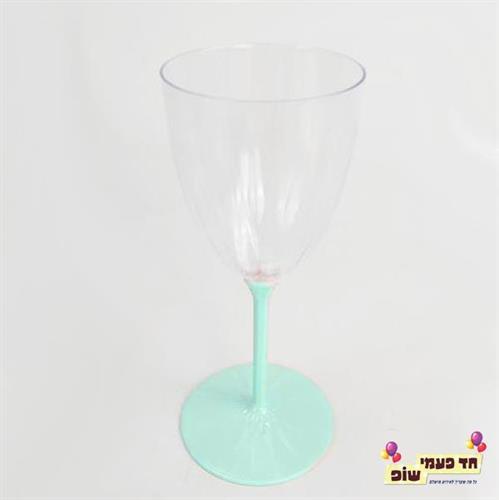 כוסות יין רגל מנטה