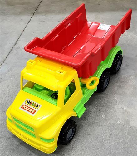 משאית צבעונית ענקית