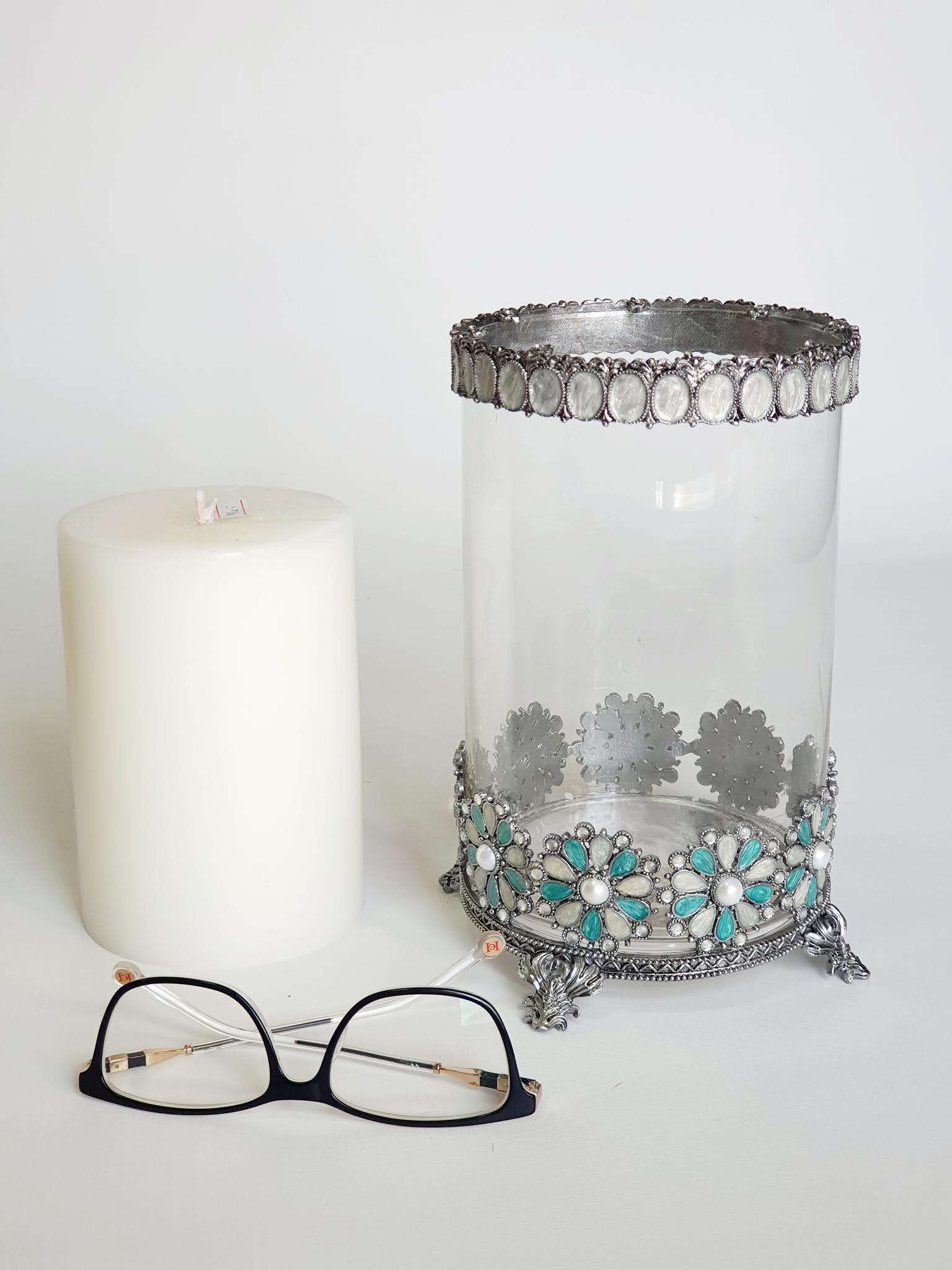 פמוט זכוכית מעוצב