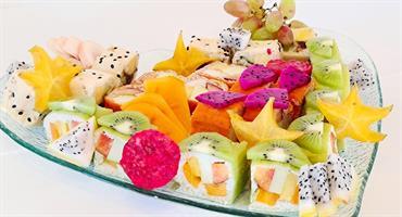 Love fruits sushi - סושי פירות בלב