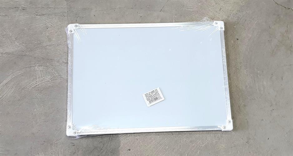 """לוח מחיק מסגרת מתכת 35x25 ס""""מ"""