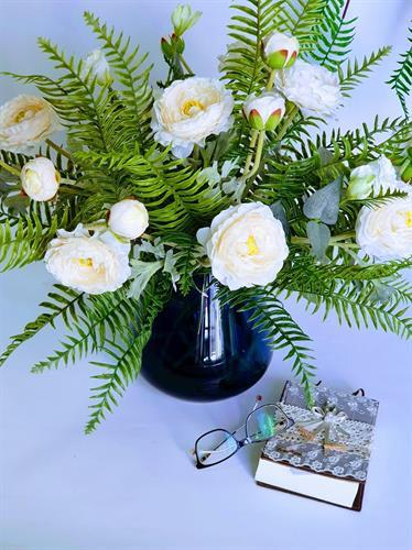 סידור פרחי נורית ושרכים