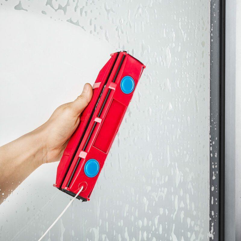 """מנקה חלונות מגנטי – מנקה חלונות מגנטי – לחלונות בעלי זכוכית כפולה בעובי בין 20-28 מ"""" - דגם גליידר D3"""