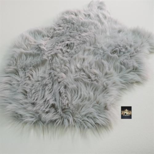 שטיח  פרווה  אפור
