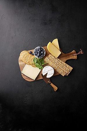 קרש חיתוך וסכין גבינה 38x20x1.5 סמ PERCY - Food Appeal
