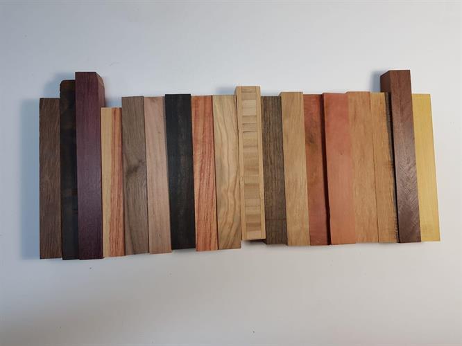 חבילה של 15 בלוקים מעץ לחריטת עטים