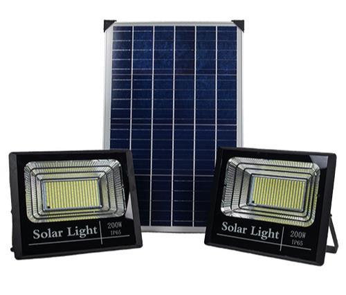 2 פרוז'קטורים סולאריים LED 200W כולל שלט