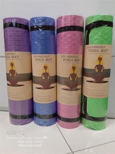 מזרן שטיח יוגה ירוק  עובי 0.8 ממ  1.9 מטר אורך  90 סמ' רוחב לפילאטיס והתעמלות LATEX&PVC FREE
