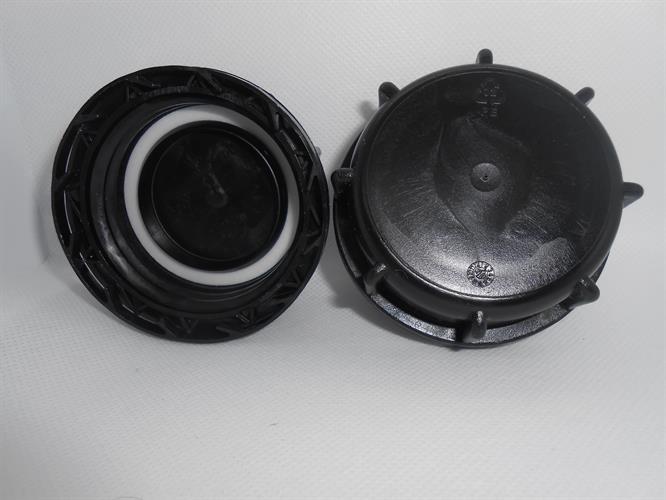 מכסה פקק שחור עם אטם לסדרת גריקנים מים 11.18.20.25.30 וגם 60 ליטר