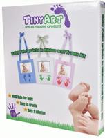 טייניארט, הטבעה בצבע של ידיים/רגליים במסגרת תליה עם תמונה וסרט