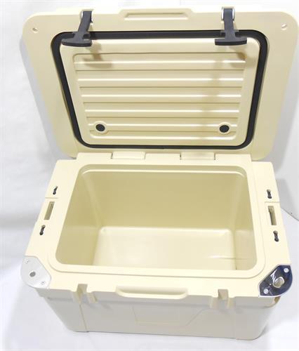 צידנית  קשיחה 50 ליטר OUTBREAK עם נעילת רצועות צבע חאקי בהיר אזל במלאי כעת צבע אפור