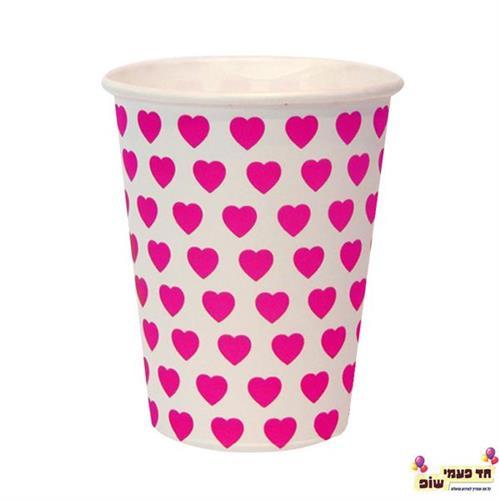 כוסות חמות לבן לבבות