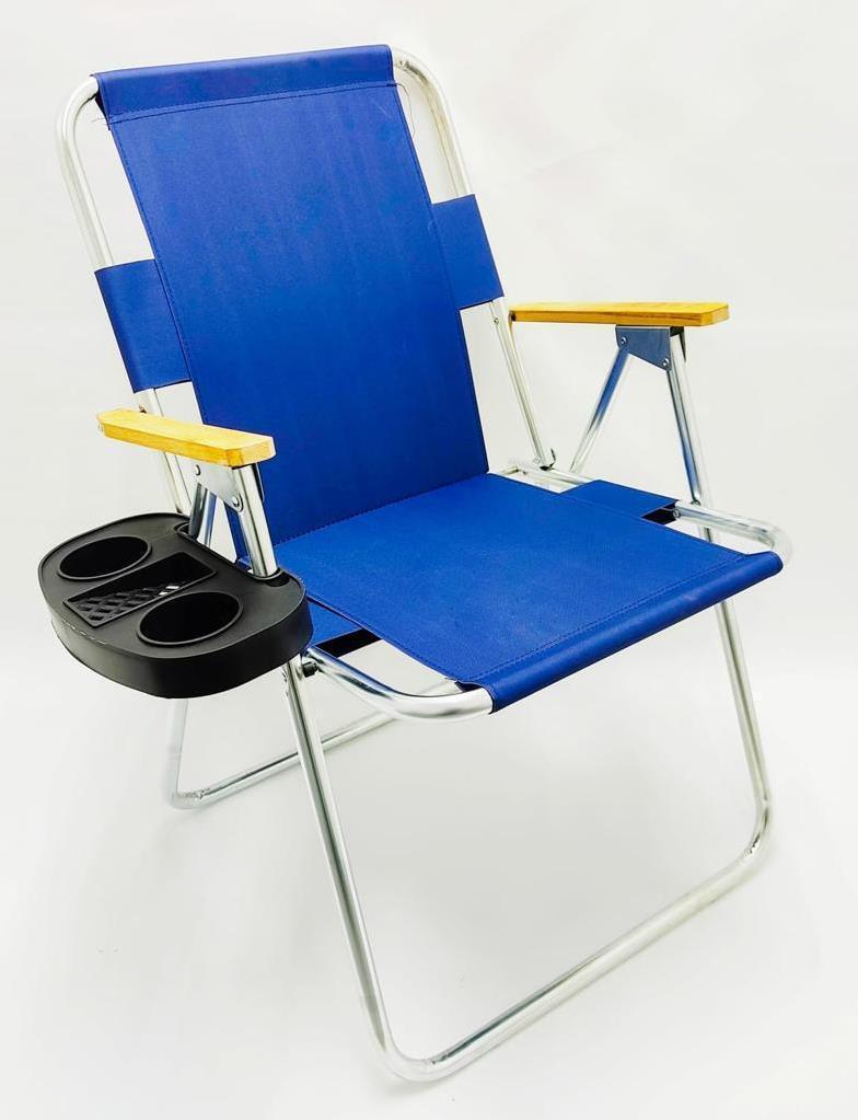 כיסא ים מתקפל עם ידיות עץ + שולחן צד