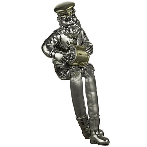 """חסיד יושב מפולירייזן מוכסף עם רגלי בד כסף מנגן בתוף 25 ס""""מ"""