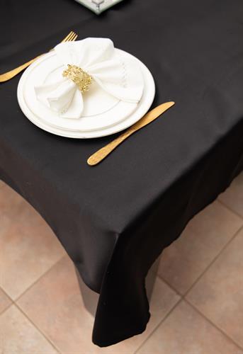 מפת שולחן איכותית ועבה Black - שחורה חלקה
