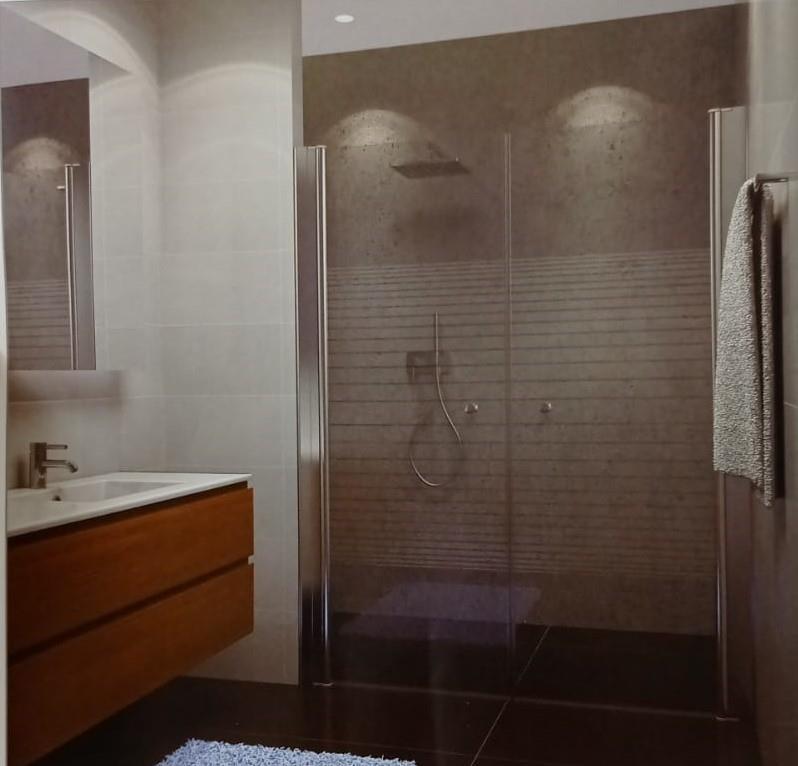 """מקלחון חזית דגם 70-100 ס""""מ בגימור פסים"""