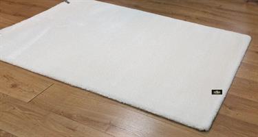 שטיח שמנת מיקרו פיבר דגם feel