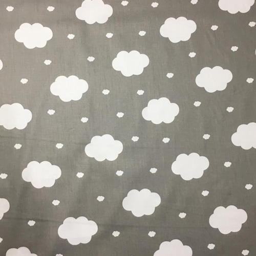 משטח פעילות בעיצוב עננים, רקע אפור ב-4 גדלים לבחירה