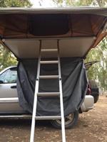 אוהל גג עם נפתח ענק