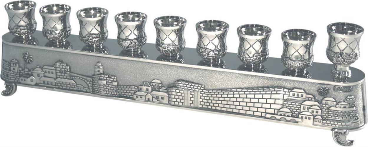 """""""חנוכיית הקסם"""" של ארט - חנוכייה מתהפכת ומשמשת גם לפמוטים גימור ניקל בעיצוב """"ירושלים"""" 8X30 ס""""מ"""