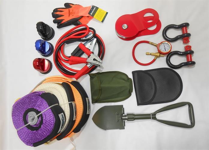 ערכת חילוץ בתיק יד 12 פריטים  חיבור לכבל סינטטי כחול כבלים להתנעה מכפיל כוח שעון אוויר לפי פירוט