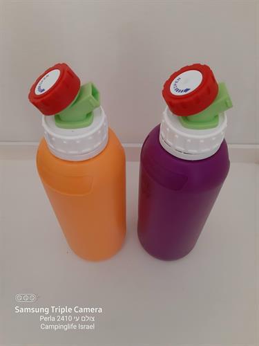 מיכל 1 ליטר בקבוק מתאים למים לשתיה לשמן זית חומץ ועוד  צבע סגול  עם ברז