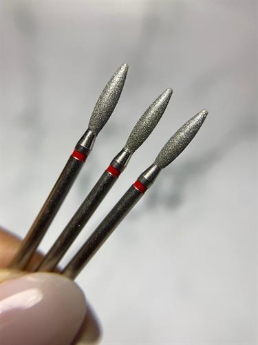 להבה ארוך ללא קצה חד אדום מידה 025 - תוצרת רוסיה