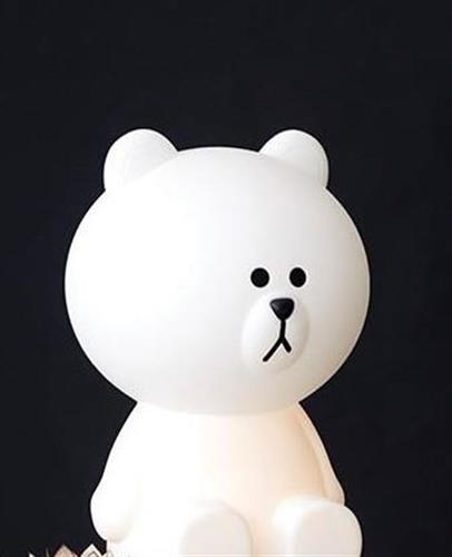 מנורת לילה בראון הדובון הקוריאני קטנה