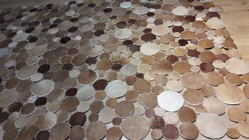 שטיח עור 303
