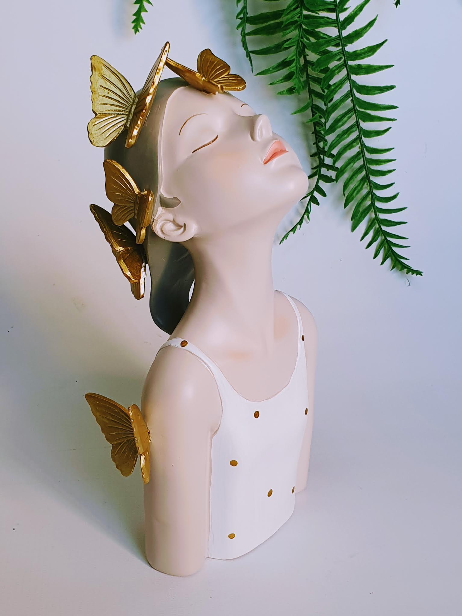 גברת בסטייל - הגברת עם הפרפרים
