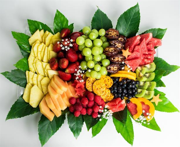 מגש פירות גדול