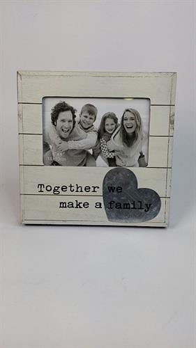 מסגרת דגם משפחה