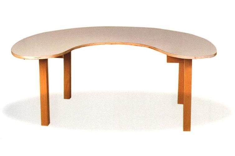 שולחן פרסה רגל עץ - 6 ילדים