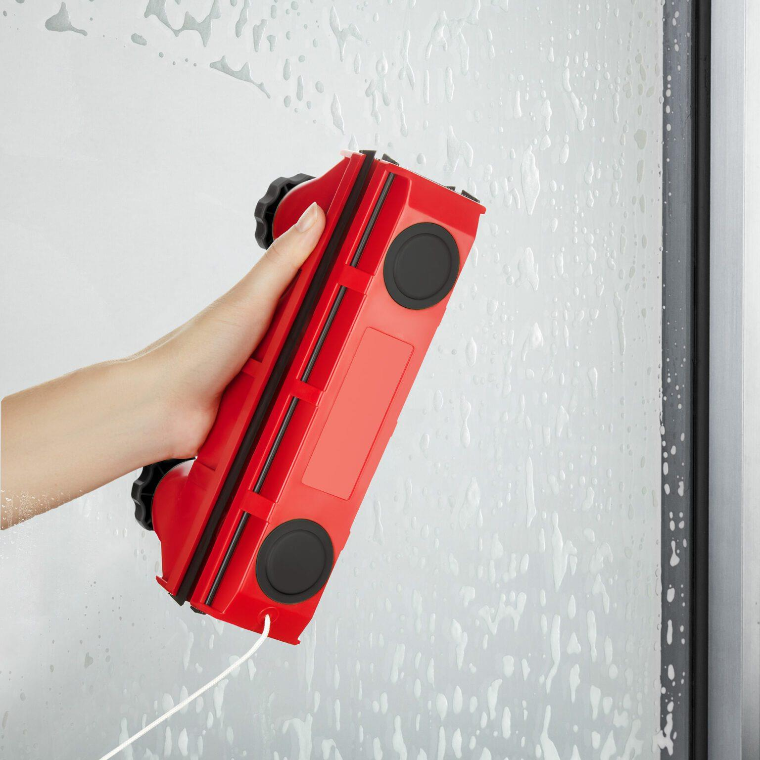 """מנקה חלונות מגנטי מתכוונן לחלון בודד וכפול בעובי בין 2-18 מ""""מ  - דגם גליידר D2"""