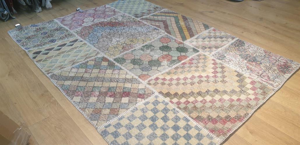 שטיח עבודת יד - 305