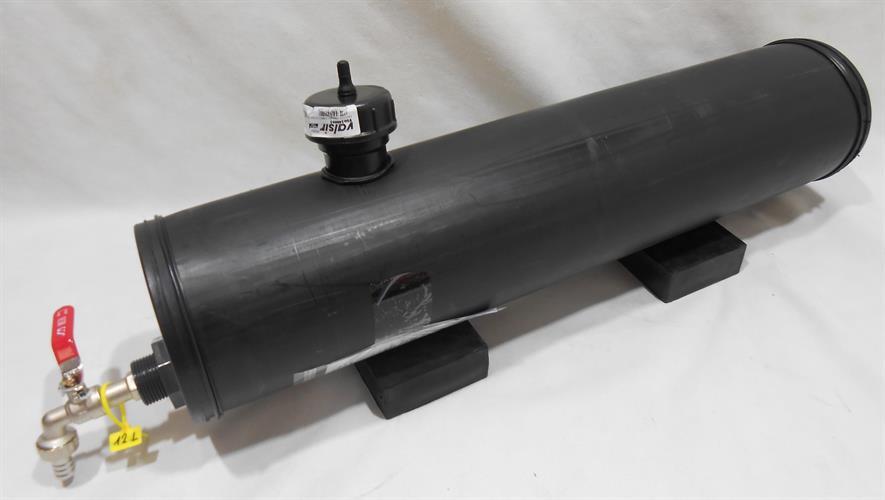 מיכל צינור מים גיבריט  שחור אורך  70 סנטימטר עם ברז קוטר 16 סמ' GiberiT לגיפים וטנדרים מידות בהזמנה