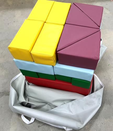 קוביות ג'ימבורי 20 יחידות בתיק