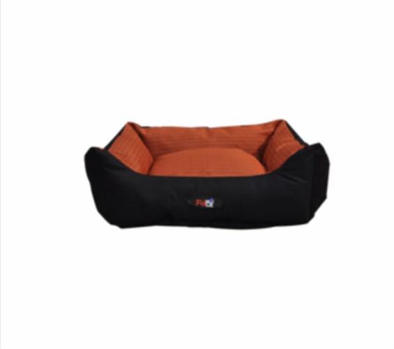 מיטה לכלב בצבע כתום מבד הדוחה מים גודל 75X60X22 פטקס