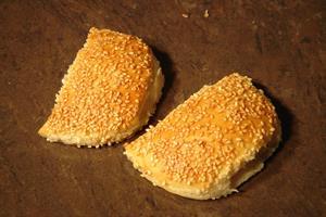 בורקס אמא בורקס גבינה פריך