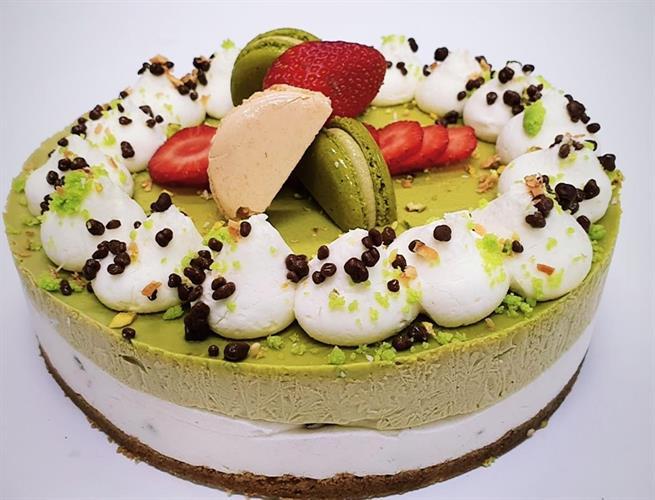 Pistachio cake - עוגת הפיסטוק