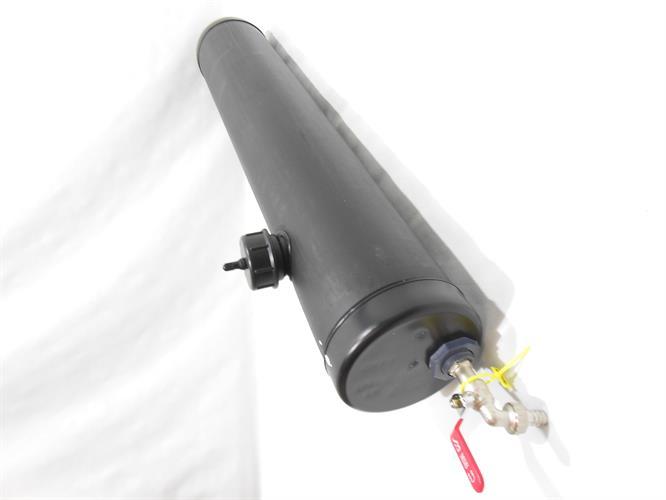 צינור מיכל  מים קוטר 11 סמ' עם ברז צינור שחור  גיבריט Giberit התקנה על גיפים וטנדרים