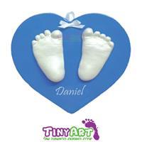 הטבעות תלת מימד של ידיים/רגליים על בסיס תליה לב