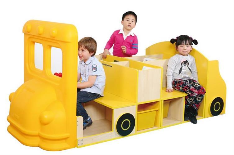 ספרית ג'מבו דגם משאית + פינות ישיבה + כוורות איחסון