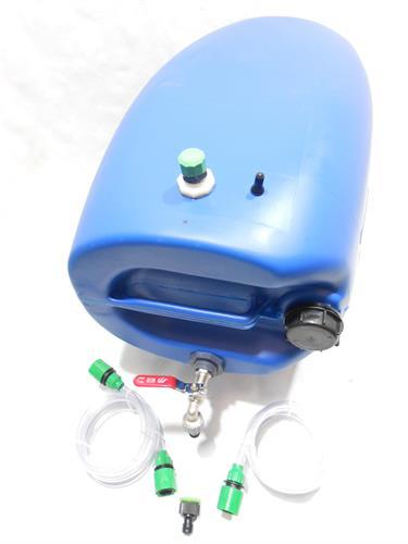 מיכל עם ברז למים ג'ריקן 60 ליטר צבע כחול פקק שחור כולל נשם שימוש במאוזן - שכיבה