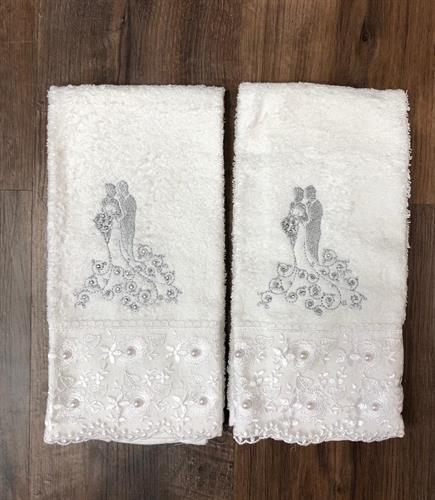 מגבת ידיים תחרה רקום כולל רקמת שם