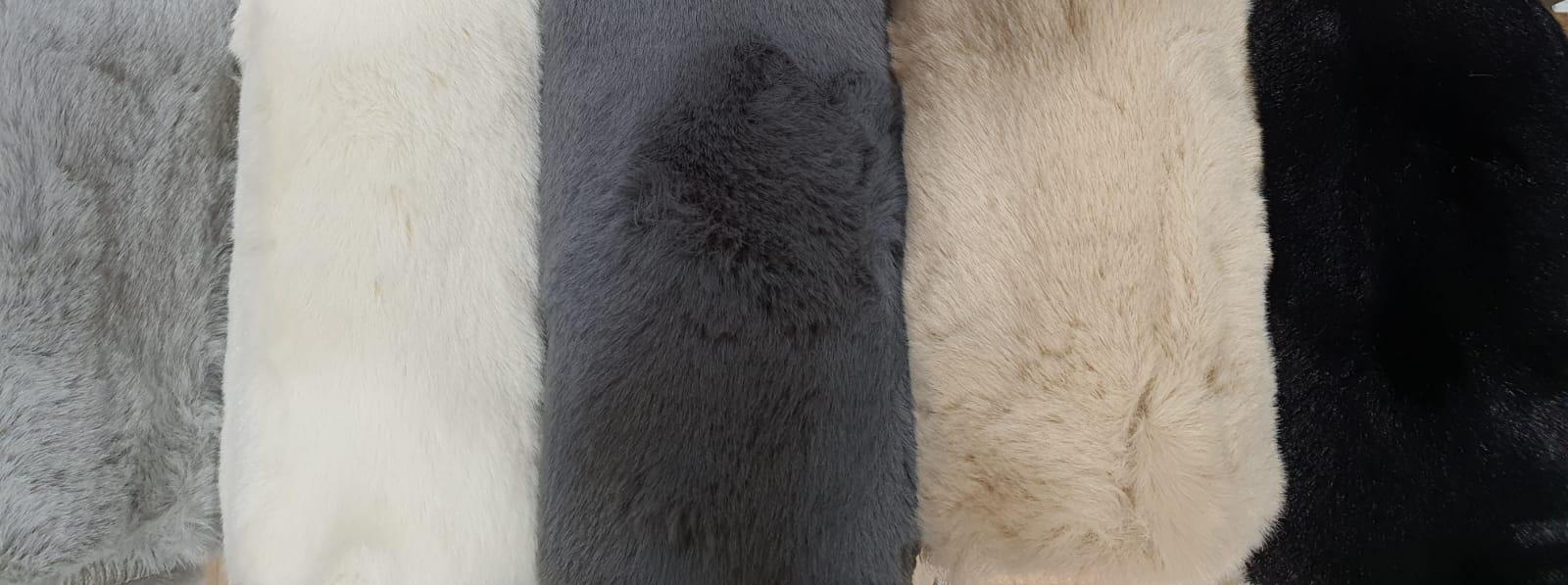 שטיח אמבטיה אפור בהיר דגם Soft סופט - נעים במיוחד!